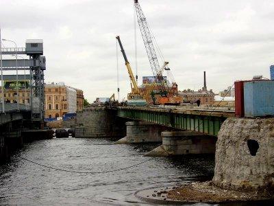 Мониторинг 3-х зданий по Английской набережной при реконструкции моста Лейтенанта Шмидта.